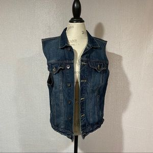 Carbon denim vest